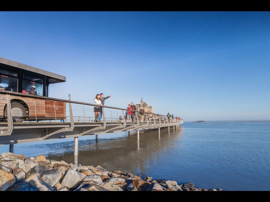 Pont passerelle le mont saint michel s lorkin anibas for Vae architecte
